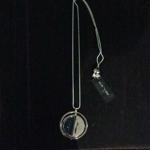 Kenneth Cole fashion jewelry/ necklace